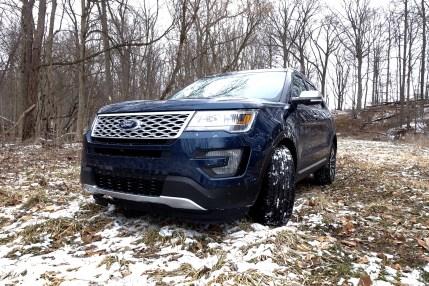 2016 Ford Explorer Platinum Review - 23