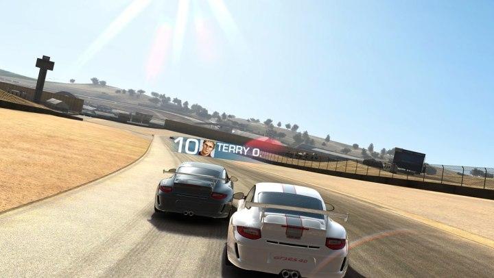 real-racing-3-apple-tv-5