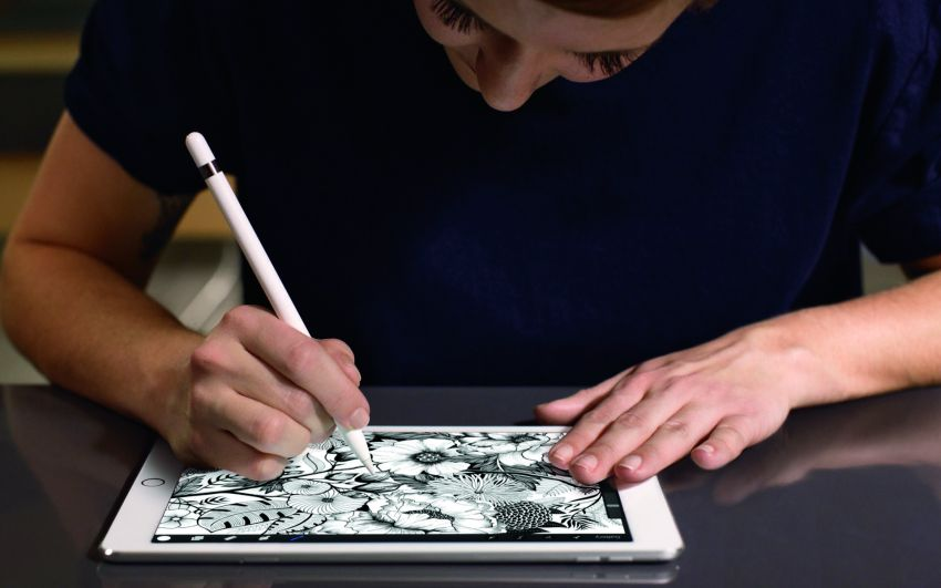 iPadPro10-ApplePencil_PR-PRINT