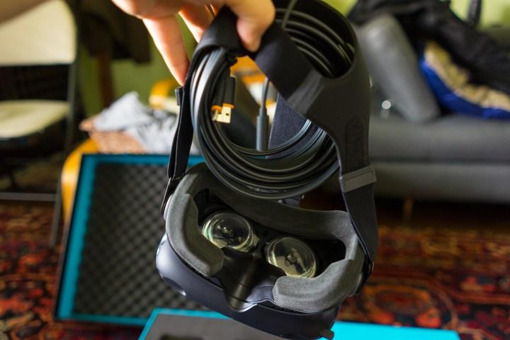 HTC Vive Review - Vive headset