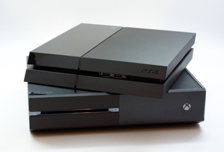PS4-Xbox