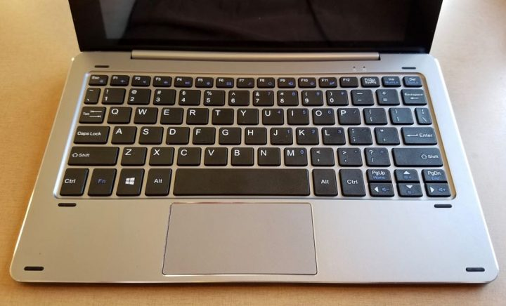 chuwi hibook dual boot 2 in 1 keyboard and trackpad