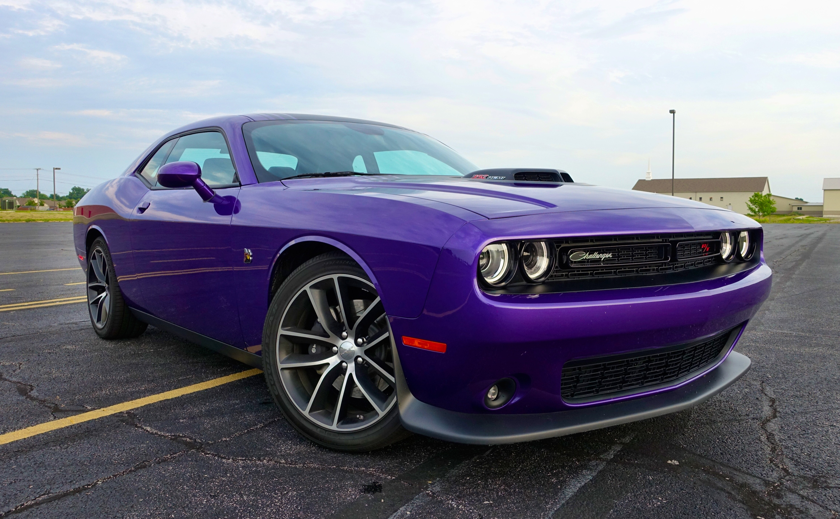 2016 dodge challenger review 392 hemi scat pack shaker. Black Bedroom Furniture Sets. Home Design Ideas