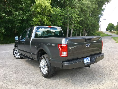 2016 Ford F-150 Review - 22