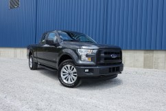 2016 Ford F-150 Review - 26