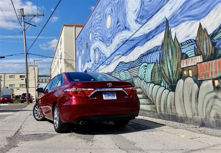 2016 Toyota Camry Review - 5