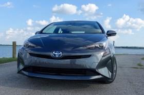 2016 Toyota Prius Review - Prius Three - 13