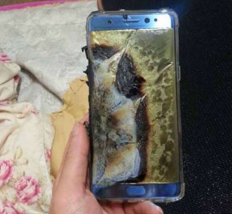 A faulty Galaxy Note 7 that exploded