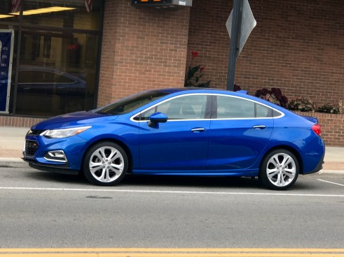 2016-chevy-cruze-review-13