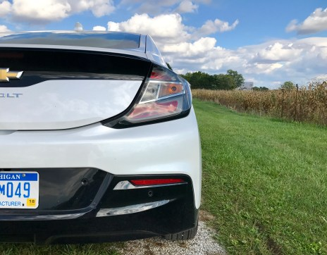 2017-chevy-volt-review-1
