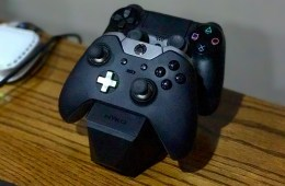The Nyko Charge Block at home charging a Xbox One and a PS4 controller.