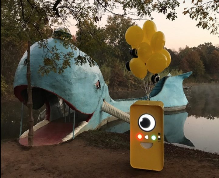 You can only buy the Snapchat Spectacles at a Snapbot for now.