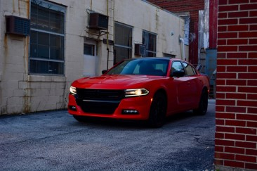 2016-dodge-charger-sxt-review-17