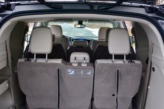 2017-chrysler-pacifica-review-16