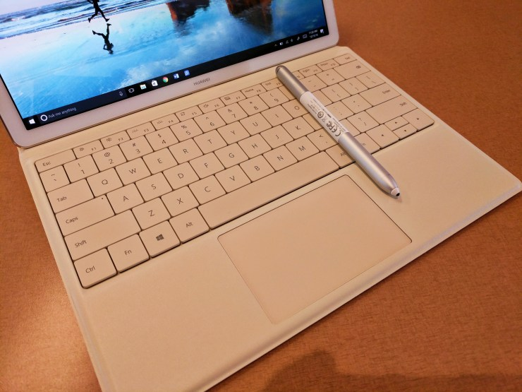 huawei-matebook-keyboard-trackpad