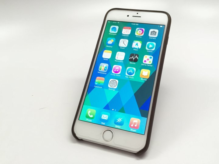 The best iPhone themes you need to see.