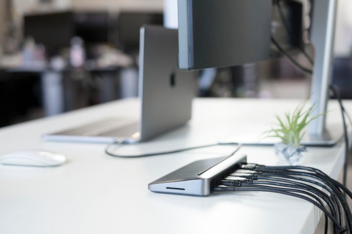 The Henge tethered 2016 MacBook Pro dock delivers easy connectivity with a single cable.