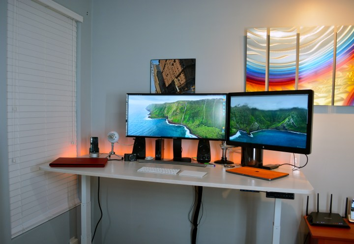 When used at standing height, there is some monitor wiggle.