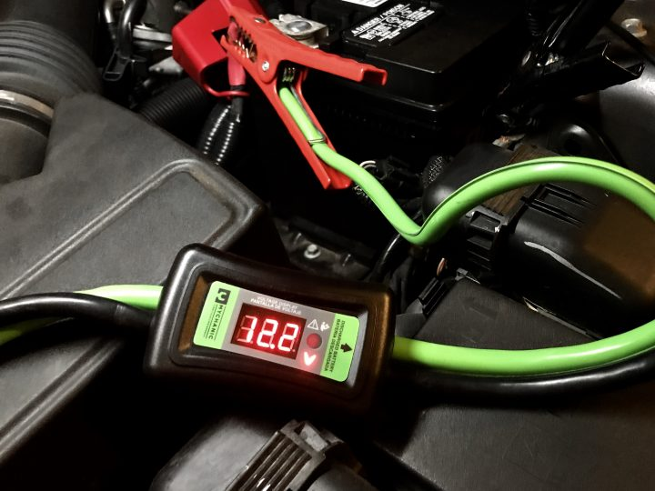 Built In Vehicle Jumper Cables : Mychanic smart cables review simple jumper