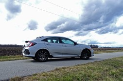 2017 Honda Civic Hatchback Sport Touring Review - side wide