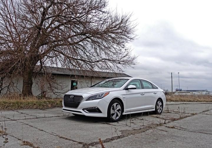We appreciate the style of the 2017 Hyundai Sonata.