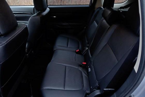 2017 Mitsubishi Outlander GT Review - 10