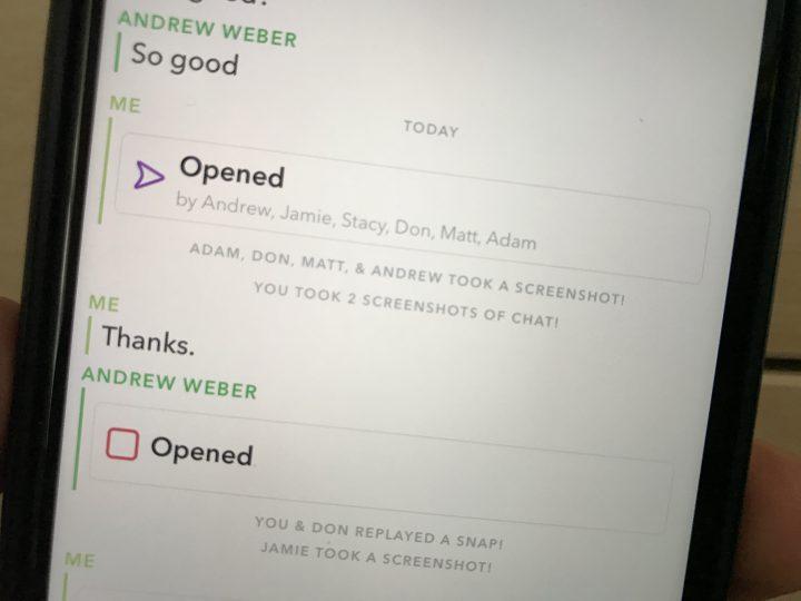 Example of a Snapchat screenshot alert.