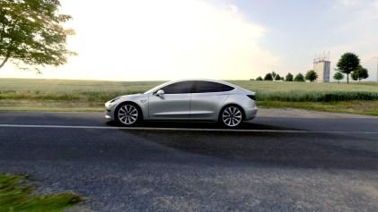 Tesla Model 3 - 7