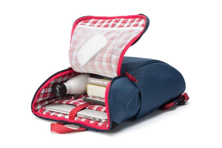 book daypack navy-red backpack internals