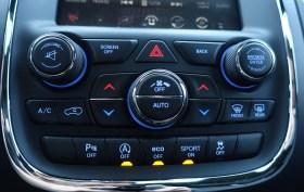 2017 Dodge Durango Review - Buttons on Dash