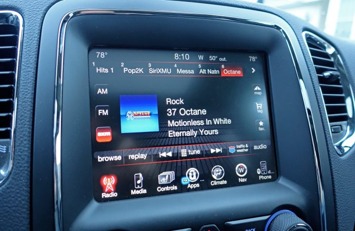 Dodge offers a useful 8.4 Uconnect system for infotainment.