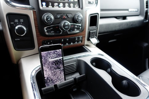 2017 Ram 2500 Review - phone holder