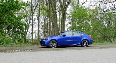 2017 Lexus IS 350 F Sport Review - 6