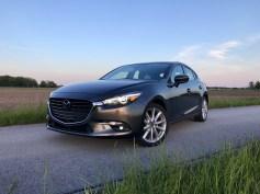 2017 Mazda 3 Hatchback Review - 17