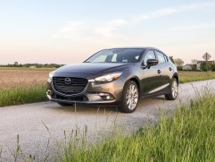 2017 Mazda 3 Hatchback Review - 7