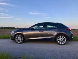 2017 Mazda 3 Hatchback Review - 9