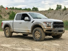2017 Ford Raptor Review - 20