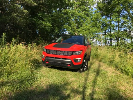 2017 Jeep Compass Trailhawk Review - 16