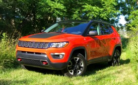2017 Jeep Compass Trailhawk Review - 7
