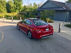 2017 Kia Optima Hybrid Review - 11