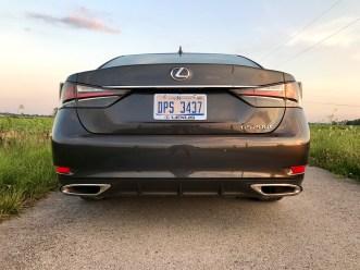 2017 Lexus GS 200t Review - 9