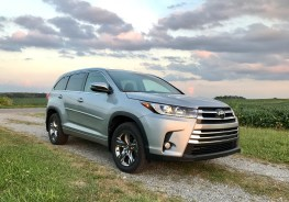 2017 Toyota Highlander Review - 2
