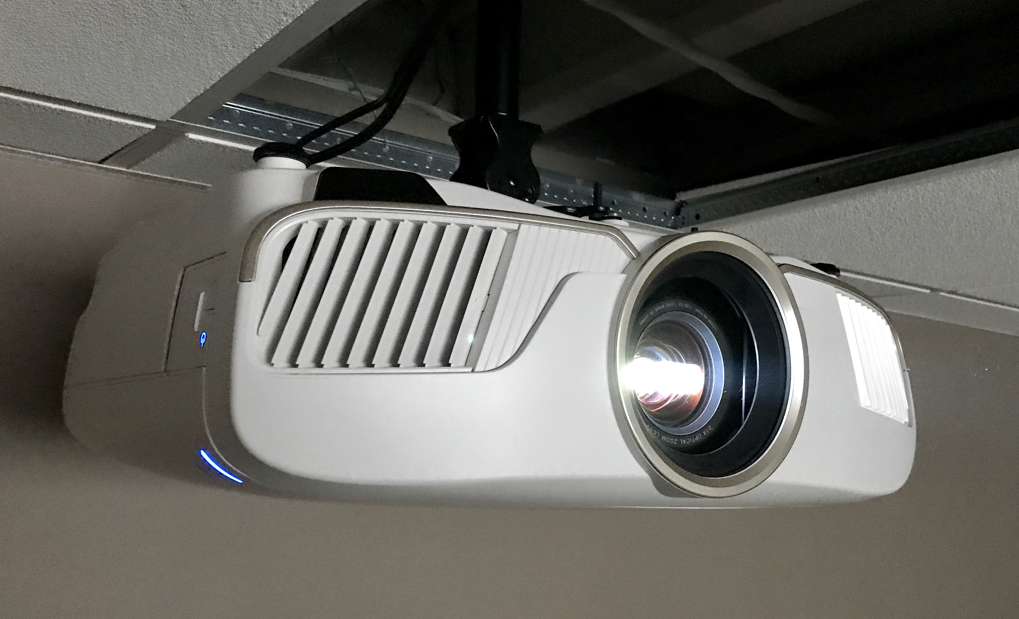 Connecti Epson Home Cinema 5040Ub – Meta Morphoz