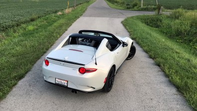 2017 Mazda MX-5 Miata RF Review - 22