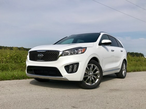 2017 Kia Sorento Review - 11