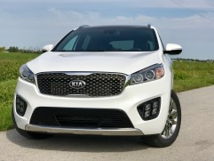 2017 Kia Sorento Review - 33