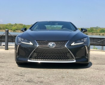 2018 Lexus LC 500 Review - 12