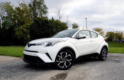 2018 CHR XLE Review - 17