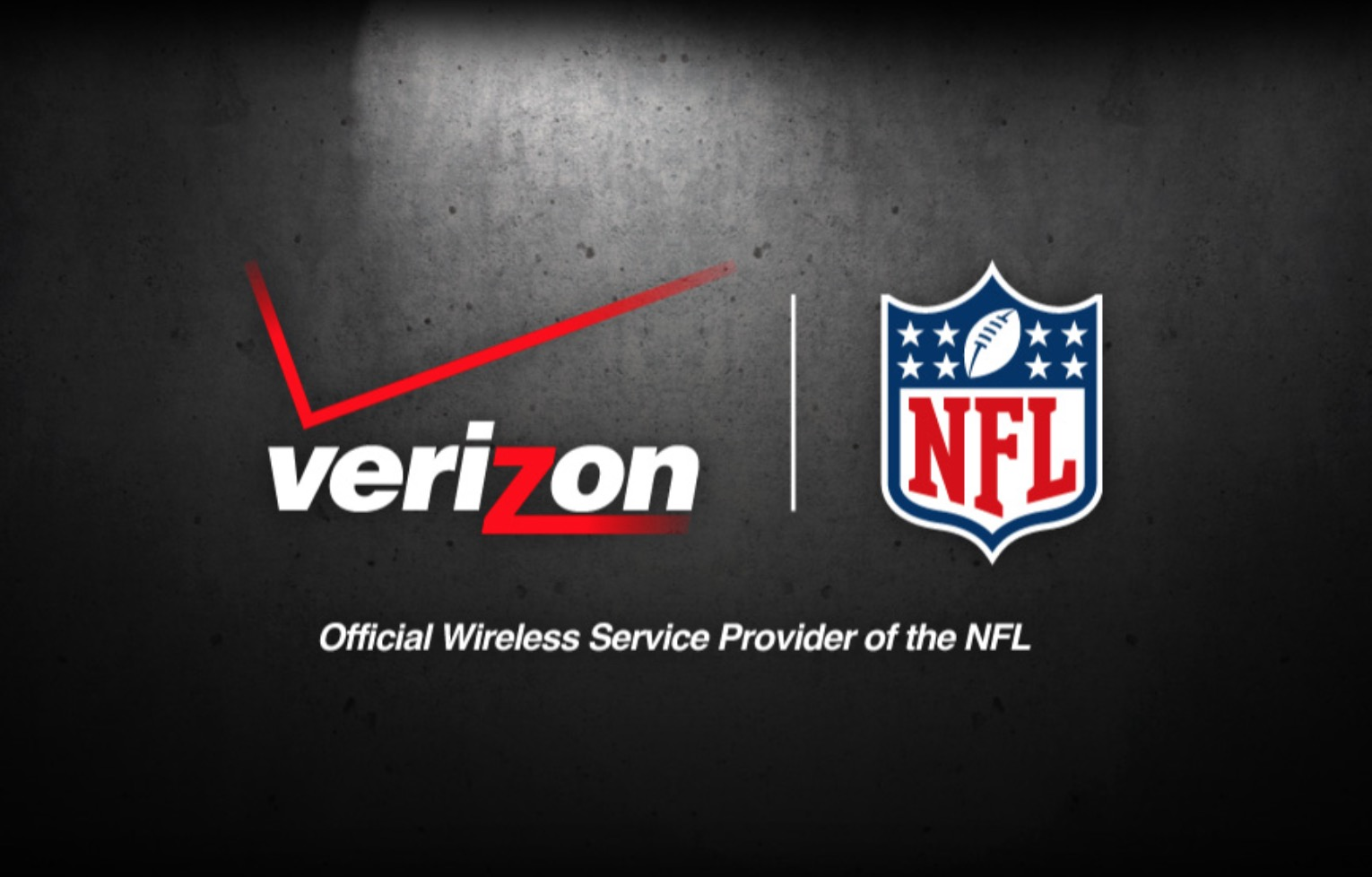 Verizon buys National Football League live streaming rights for Yahoo Sports