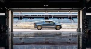 2019-Chevrolet-Silverado-016.jpg?w=303&h